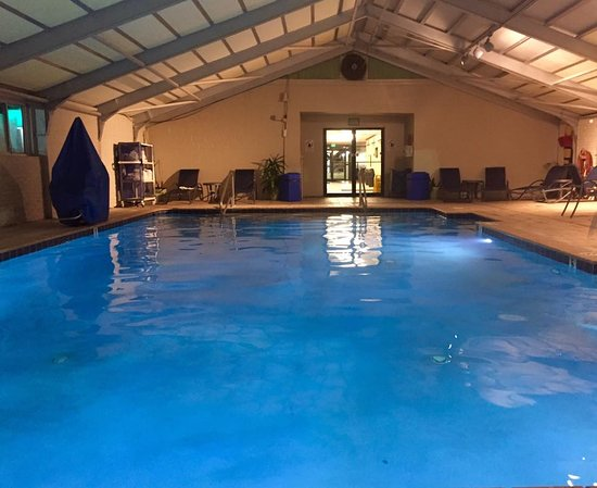 Fenwick Inn: Indoor Pool