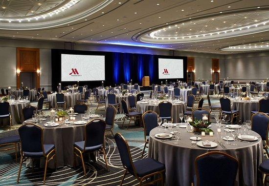 Detroit Marriott at the Renaissance Center: Ballroom