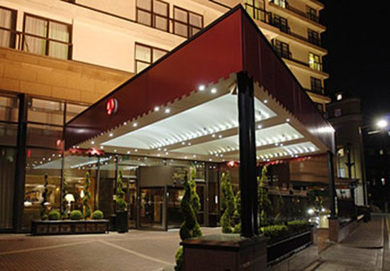 Exterior Picture Of London Marriott Hotel Marble Arch