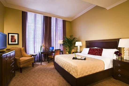 Omni royal crescent hotel updated 2018 reviews price for Media room guest bedroom