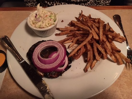 Bethany Blues BBQ: Grilled portobello sandwich without the roll