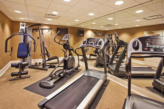 Holiday Inn Express Savannah - Historic District : Health club
