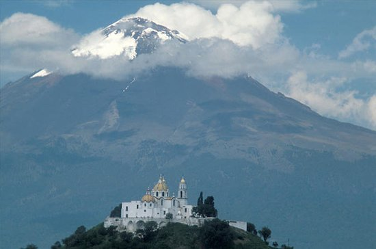Puebla and Cholula Small-Group Tour...