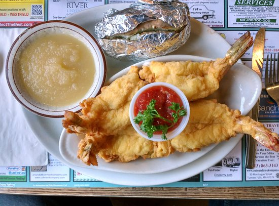 Bernardston, MA: fried jumbo gulf shrimp