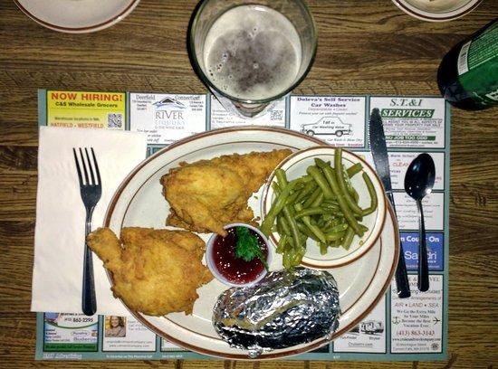 Bernardston, MA: fried half chicken