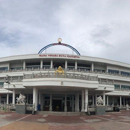 Maha Vihara Duta Maitreya Temple : photo0.jpg