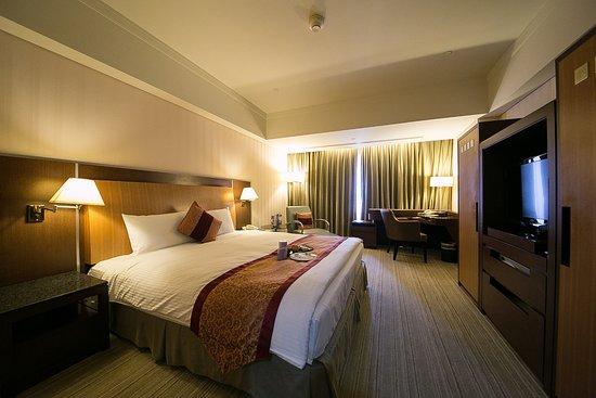에버그린 프라자 호텔