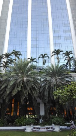 Hotel Istana: Bold architecture