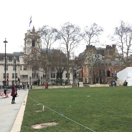 Parliament Square : photo6.jpg