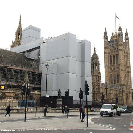 Parliament Square : photo9.jpg
