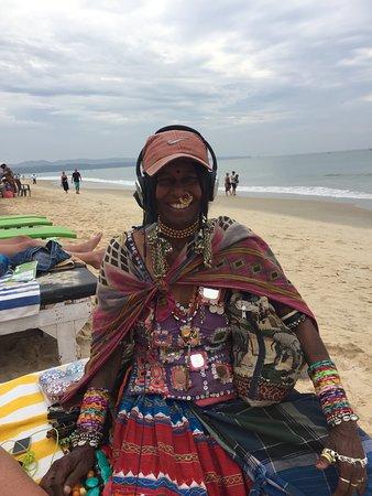 funnest beach seller Monica absolute legend