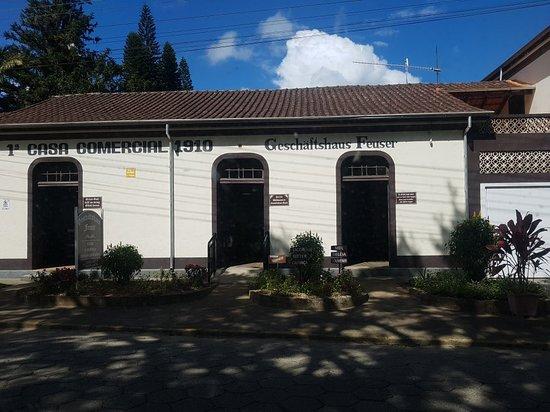 Casa Comercial Geschäftshaus Feuser
