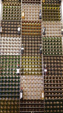 Bar a vins Ecole du vin a Bordeaux: 20180222_144947_large.jpg