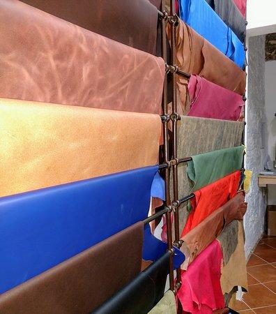 Legatoria Toscana: leathers
