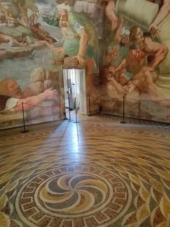 Pavimento sala dei giganti foto di palazzo te mantova for Stanza mantova