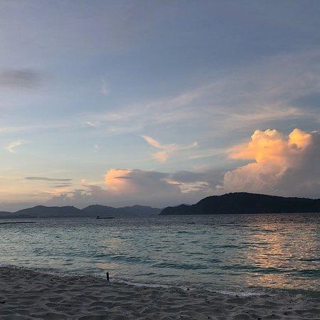 Coral Island Resort: photo1.jpg