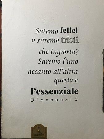 aforismi Poesie e aforismi   Picture of Locanda dei Poeti, Florence  aforismi