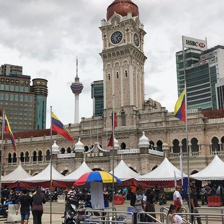 Palais du Sultan Abdul Samad : Beautiful landmark in KL during the 2018 Motorbike Event