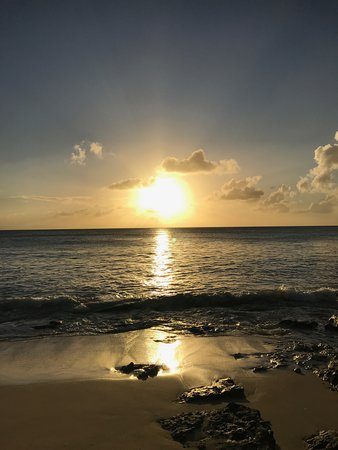 Lower Carlton, Barbados: Another Beautiful Mullins Sunset
