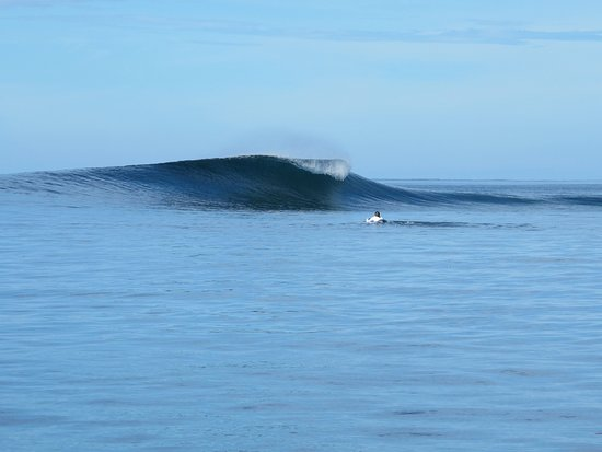 Korovisilou, Fiji: Uncrowded Waves!