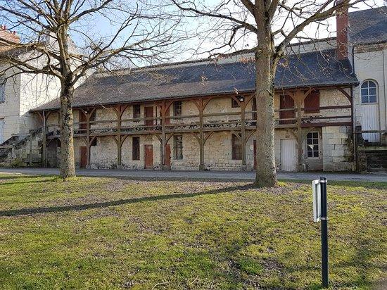Saumur, France: Superbes châteaux et cathédrale de la Loire