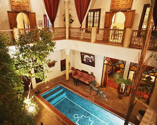 Riad El Zohar: Courtyard view from Balcony rooms. Courtyard, the heart of a riad