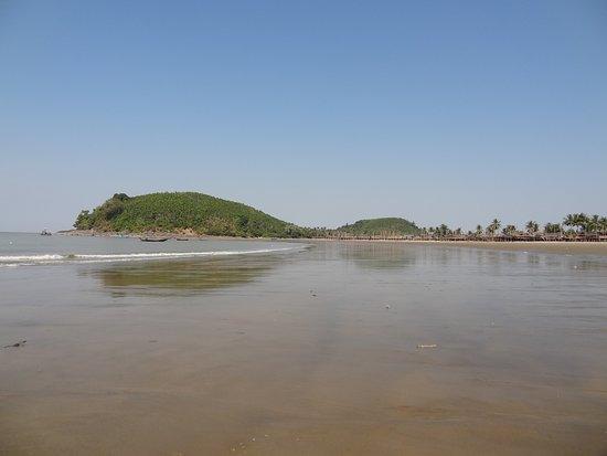 Ye, ميانمار: Côté village
