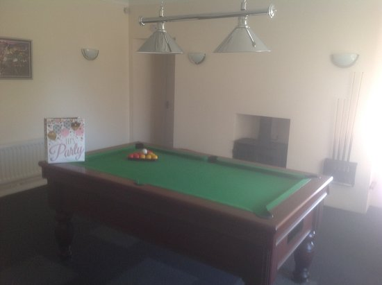Wanlockhead, UK: Games room with other machines for kids