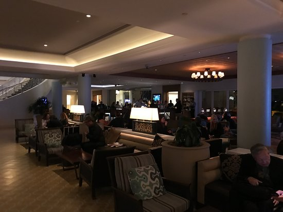 Loews Coronado Bay Resort: Lobby bar
