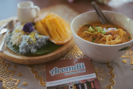 Aromdii Cooking School