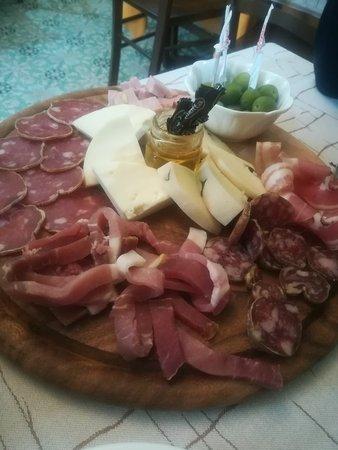 Forino, Italy: IMG_20180225_132116_large.jpg