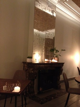 Interieur van de woonkamer. - Picture of Soma, Antwerp - TripAdvisor