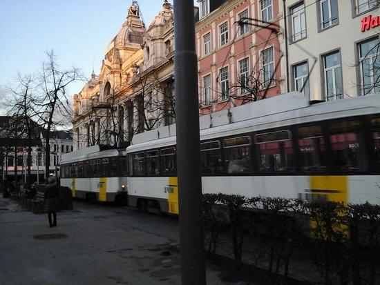Antwerp Tram : Great public transport system