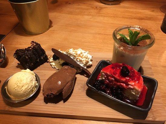 Oakwood grill restaurant: Dessert plankje