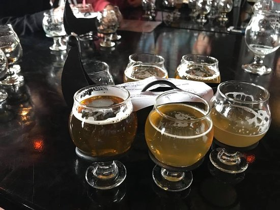 Fitchburg, MA: IPA flight