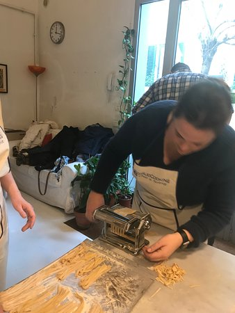Giglio Cooking Day Course : Making the pasta