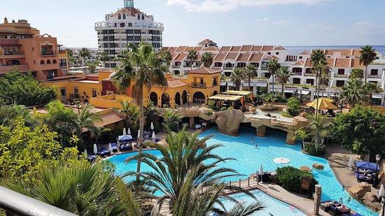 Europe Villa Cortes Reviews