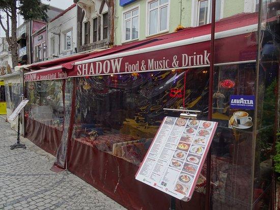 Shadow Cafe & Restaurant: фасад ресторана