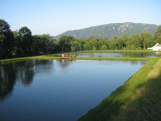 Paesana, Italia: laghi