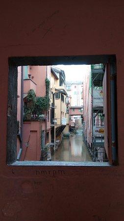 La Piccola Venezia : Maličké okno do Benátok v Bologni 😊
