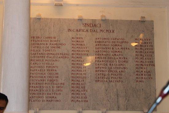 Castellammare Di Stabia, Italia: Particolare di una parete nella vecchia sala conciliare