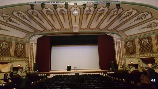 Lorain, OH: The theater