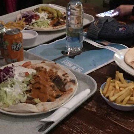 Zaytoon Restaurants: photo0.jpg