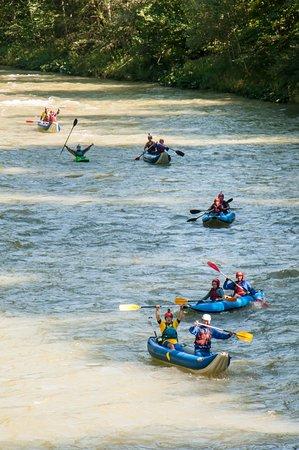 Vadu Crisului, Rumania: Salza River