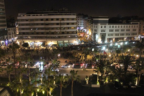Hyatt Regency Casablanca: Photo shows the view from my room to the plaza across the street, at night.