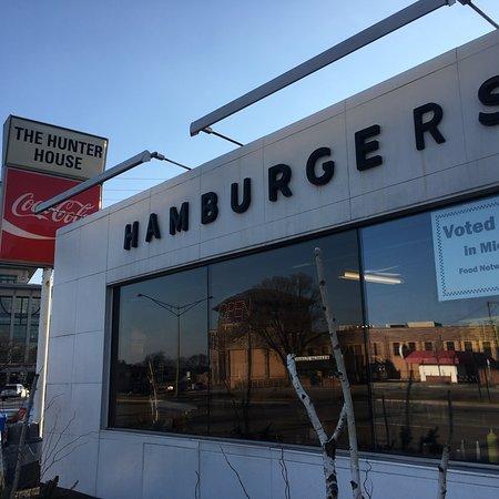 Birmingham, MI: Hunter House Hamburgers