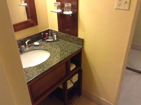 Albuquerque Marriott: Room 202