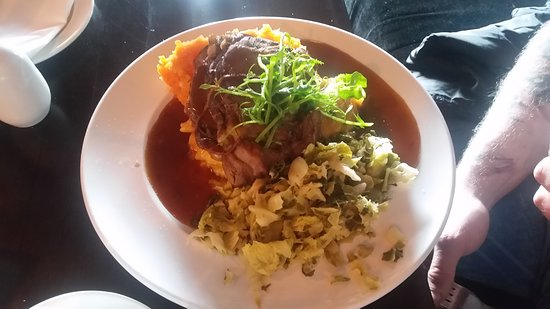 Virginia, Ireland: Beef with gravy