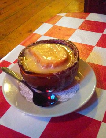 Willington, CT: French Onion Soup
