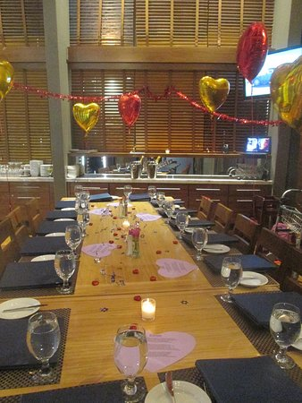 North 26 Restaurant and Bar: more dinner-table decorations